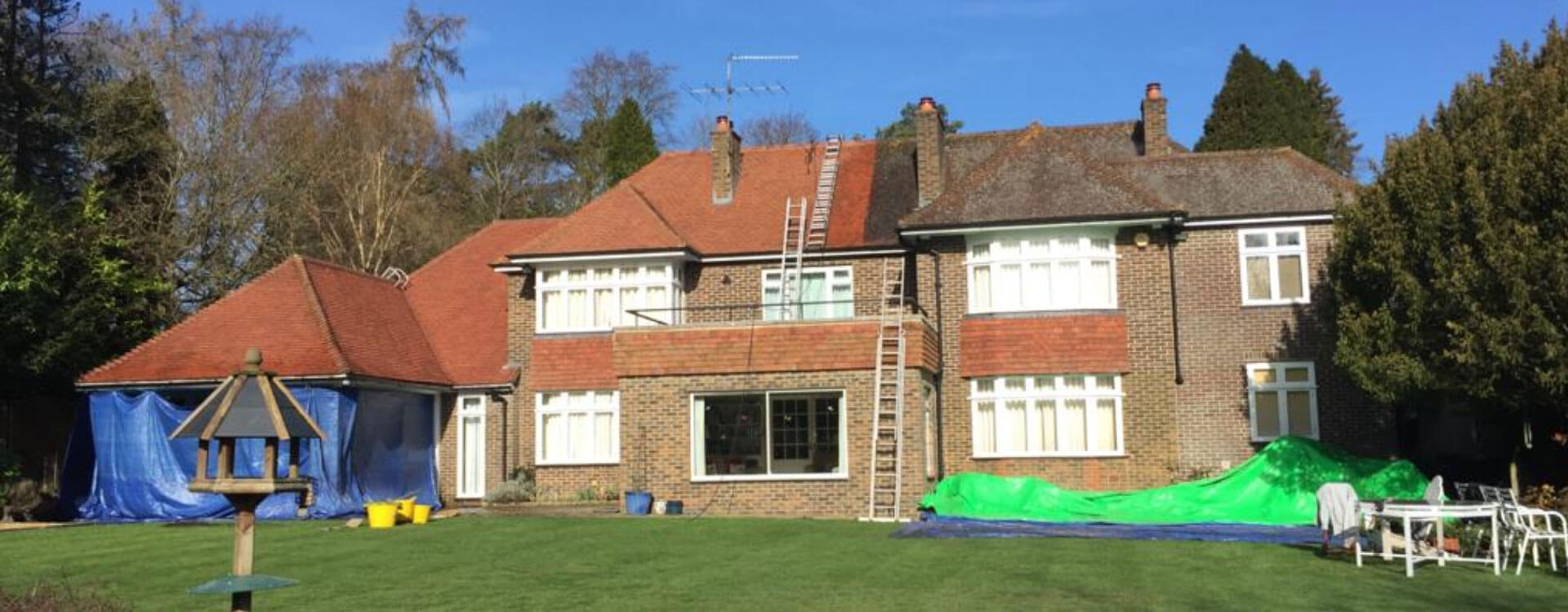 Roof Cleaning Service Covering Esher, Cobham, Guildford & Surrounding Surrey Areas